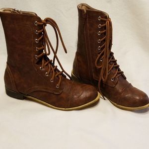 Chase + Chloe Shoes - Lace Up Combat Boots Size 8.5